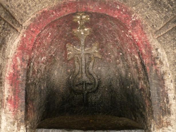 monasterio-de-geghard-15
