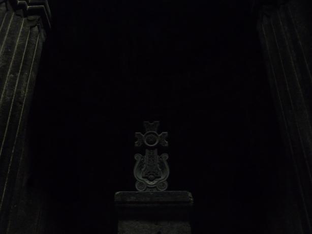 monasterio-de-geghard-81