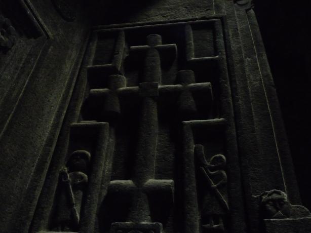monasterio-de-geghard-9