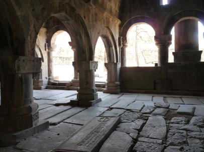 monasterio-de-sanahin-3
