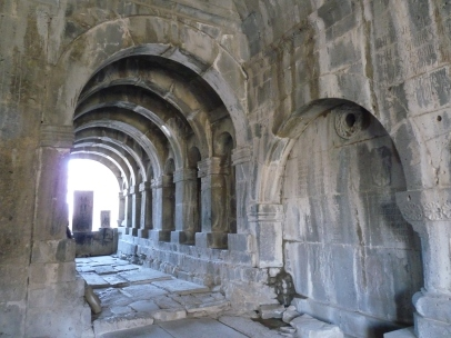 monasterio-de-sanahin-4